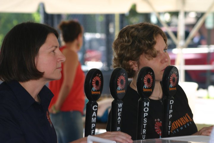 Annette and Nicole from Throwback Brewing